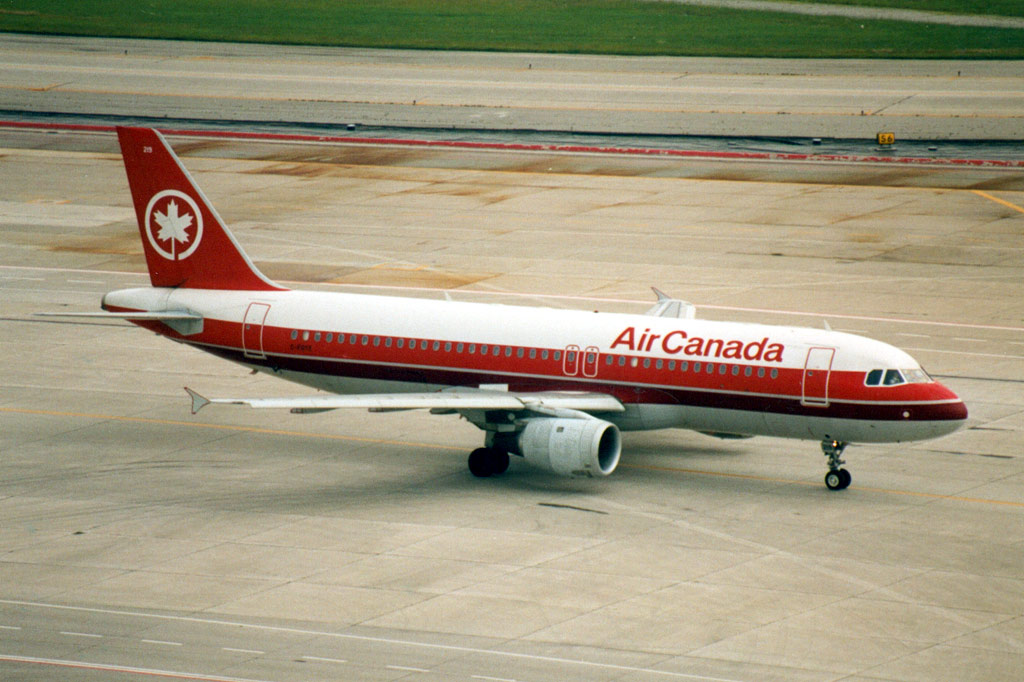 http://www.al-airliners.be/a/air%20canada/ac320-1.jpg