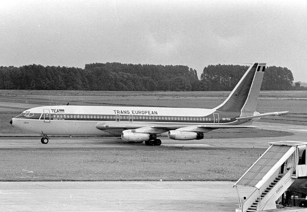 http://www.al-airliners.be/t-z/tea/tea720-025.jpg