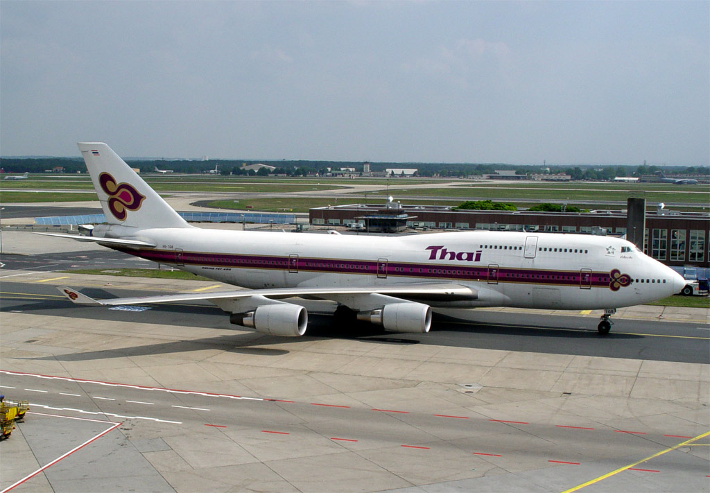 Compagnies d'aviation Tg747-4